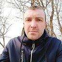 Роман, 33 года