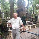 Леонид, 64 года