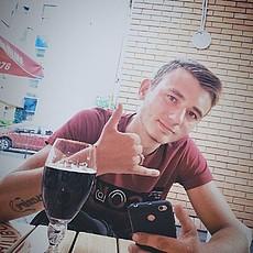 Фотография мужчины Максим, 22 года из г. Кривой Рог