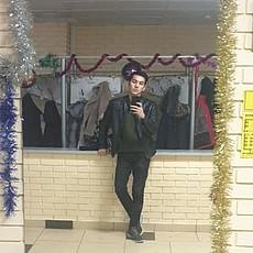 Фотография мужчины Миржалол, 19 лет из г. Ставрополь
