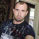Макс, 32 года