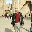 Хачик, 61 год