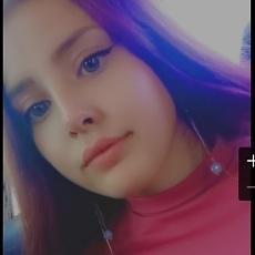 Фотография девушки Алина, 20 лет из г. Томск