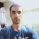 Акбаршо, 26 лет