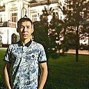 Асылжан, 25 лет
