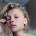 Кристина, 18 из г. Барнаул.