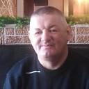 Алексеи, 44 года