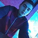 Евгений, 22 года