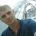 Артём, 24 года