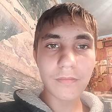 Фотография мужчины Тихон, 19 лет из г. Залари