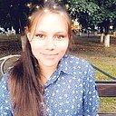 Оля, 22 года