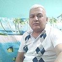 Исломбек, 50 лет