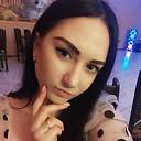 Карина, 23 года